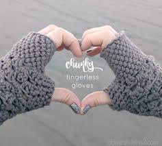 Crochet Gloves Pattern Delectable Chunky Fingerless Gloves Free Crochet Pattern Db48