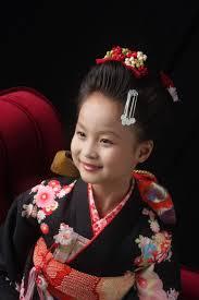 スタジオズイムです7歳さんのヘアスタイルは日本髪がとても人気です