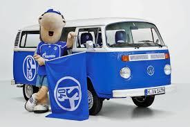 Bildergebnis für Schalke Bus