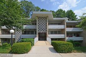lake inium is located in bethesda on spring lake dr off westlake terrace the closest metro to spring lake condos is grosvenor strathmore station