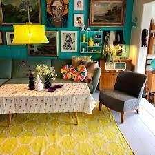 Retro Sitting Room Designs 70s Decor Trends That Are Back