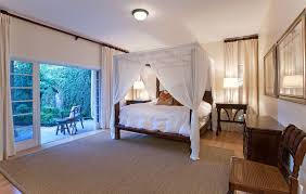 How To Have A Tropical IslandThemed Bedroom At Home Delectable Themes For Bedrooms Property