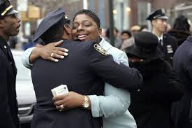 ways to strengthen ties between cops and citizens