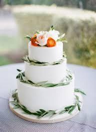 20 Purely Beautiful Wedding Cakes With Greenery Weddingomania