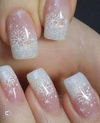 45 Simple Festive Christmas Acrylic Nail Designs For Winter Nehty