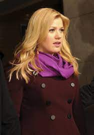 Bestand:Kelly Clarkson 57th ...