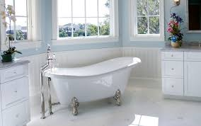 Bathroom With Clawfoot Tub Concept Simple Design Inspiration