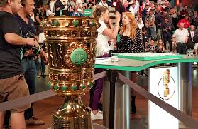 German cup) is a german knockout football cup competition held annually by the deutscher. Lena Goessling To Carry Out Dfb Pokal Semifinal Draw The Blog Cpd Football By Chris Punnakkattu Daniel