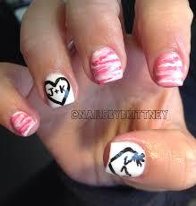 Browning Symbol Nail Designs Pink Camo Nails With Browning Deer Symbol Camo Nails Pink