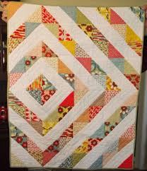Best 25+ Charm quilt ideas on Pinterest | Charm pack quilts, Charm ... & Best 25+ Charm quilt ideas on Pinterest | Charm pack quilts, Charm pack quilt  patterns and Charm pack patterns Adamdwight.com