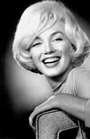 Marilyn Monroe Hairstyle 17 Best Images About Marilyn Monroe On Pinterest Diamond