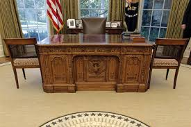 oval office desks. The First 100 Days Clinton And Trump Offer Their Plans For Oval Office Nbc News Desk Desks