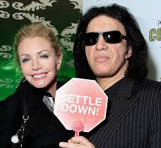 gene simmons wife wedding dress. gene simmons and shannon tweed wed in the company of guests hugh hefner bill maher wife wedding dress