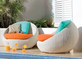 comfortable chairs for small spaces outdoor