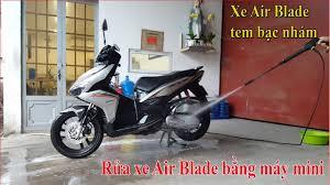 Rửa xe Air Blade 125 bằng máy rửa xe mini cực mạnh tại nhà - YouTube