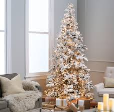 Guide To Flocked Christmas Trees - A Very Cozy Home
