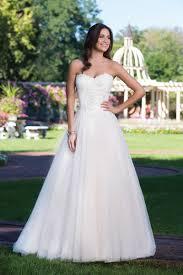 Style 3919: Duchesse-Kleid mit Spitze-Korsett | Sincerity Bridal