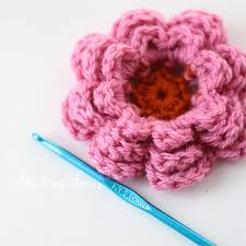 Crochet Flowers Patterns Simple How To Crochet A Flower