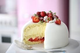 White Strawberry Princess Cake Recipe