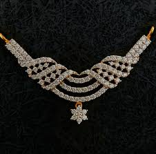 diamond pendant set 1 khazana day 1010430 585x575