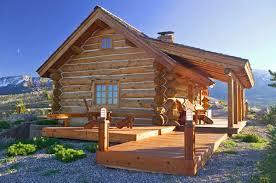 Log Home Living    s Favorite Small Log Cabins    Log Homes of British Columbia  montana log cabin