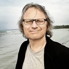 Stefan Nilsson har en minst sagt imponerande meritlista som kompositör och musiker. Hans uttryck sträcker sig genom flera genrer som jazz, klassisk musik, ... - stefan-nilsson-250x250