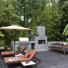 Outdoor kitchen with concrete oven