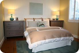 simple modern bedroom decorating ideas. Simple Modern Guest Bedroom Decor Ideas For Small Space With Rugs Decorating S