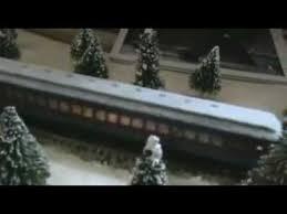 Todos os atores de o expresso polar atuaram em frente a uma tela vazia, com sensores de captura de movimento presos a eles. Maquete Expresso Polar 2 Mpg Youtube