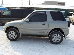 Toyota RAV4 2.0 2000   Auto images and Specification
