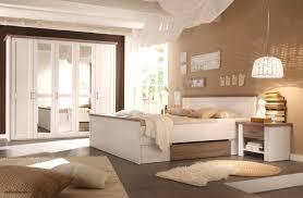 Braune Wandfarbe Schlafzimmer Schlafzimmer Nussbaum Wandfarbe