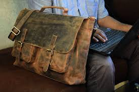 cuero 18 inch retro buffalo hunter leather laptop messenger bag office briefcase college bag leather bag for women