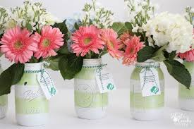 Love crafts that are great Gift Ideas! Make these gorgeous diy Mason jar  vases.