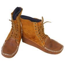 men moccasin boots