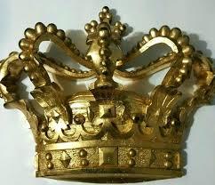 queen crown wall decor king