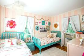 2 twin beds in small room two twin beds in small bedroom creative of twin bed