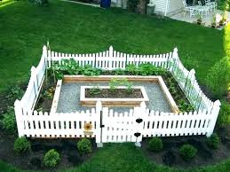 small garden fence ideas white picket fence landscaping ideas white picket fence garden garden picket fence