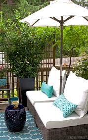 small deck furniture. My Small Backyard Deck Makeover {Before \u0026 After} Furniture Y