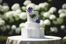 5 Creative Wedding Cakes To Inspire Your Big Day Charlottefive