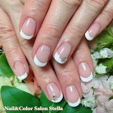 花嫁様を美しく魅せるデザイン王道ホワイトフレンチのブライダルネイル