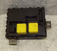 2000 alfa romeo 156 fuse box fuses and relays 46447809 2000 alfa romeo 156 fuse box fuses and relays 46447809 zie4