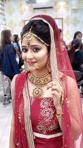 our professional makeup academy in delhi provides top professional makeup artist courses in delhi for beautician learn everything in our 2 month course by