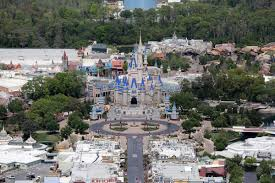 If you work an average of 30 hrs a week for a year, you get insurance for the next year. Walt Disney World To Furlough 43 000 Workers After Coronavirus Shutdown