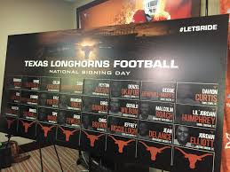 texas closes out recruiting class frenzy com the texas football program signed 24 recruits on wednesday which was national signing day