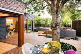 Collect this idea Naroon modern backyard project by Signature Landscapes,  COS Design and Serenity Pools (1)