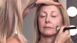 makeup tips for older women how to apply makeup right after 50 to mini the higher you put the make up on the side cheeks toward the side the