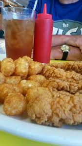 13 Must Visit South Carolina Diners Drive Ins And Dive Restaurants