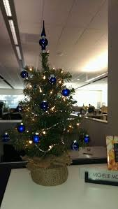 60 fun office christmas decorations
