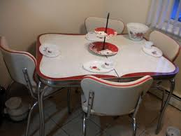 Retro Metal Kitchen Table Retro Kitchen Dining Sets Retro Kitchen Tables And Chairs Finest
