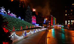 Downtown Milwaukee Christmas Lights 12 Holiday Destinations Along Mcts Bus Routes